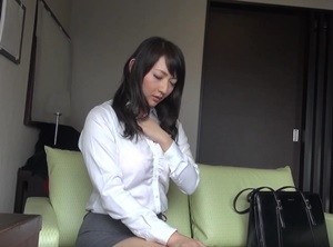 หนังโป๊ญี่ปุ่นภาพชัด วางยาปลุกเซ็กส์สาวออฟฟิตจนเงี่ยนหี