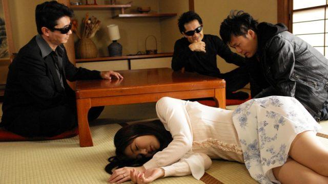 Cage Horny Beast Rina Ishihara ผัวแมงดาขายเมียสาวให้คนอื่นเย็ดหีเพื่อใช้หนี้