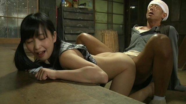 ลุงเย็ดหลาน หนังโป๊ญี่ปุ่นมีเนื่อเรื่อง หลานสาวข้างบ้านขายตัวให้คุณลุง