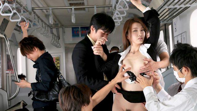 หนังxญี่ปุ่น ข่มขืนสาวออฟฟิตสุดสวย จับเรียงคิวยืนเย็ดหีบนรถไฟฟ้า ไม่เซ็นเซอร์