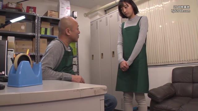 หนังเอวี หลอกเย็ดหีสาวพนักงานร้านสะดวกซื้อ เพราะเธอน่ารักน่าเย็ดหี