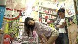 หนังโป๊av เจอผู้หญิงเงี่ยนในร้านเช่าหนังโป๊ก็เลยเย็ดกัน