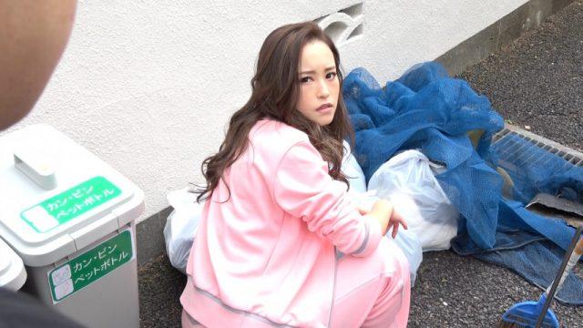 AVญี่ปุ่นเต็มเรื่อง ผู้หญิงข้างถนนกลับมาแทนคุณด้วยการให้เย็ดหี