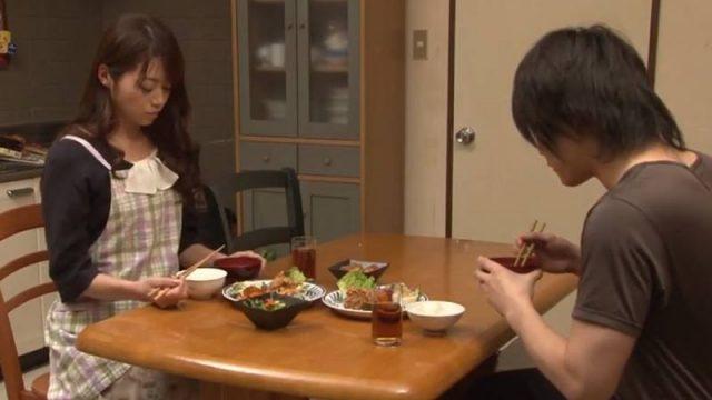 ลูกชายเย็ดแม่ตัวเอง หนังโป๊ครอบครัวญี่ปุ่น