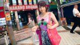 โป๊ญี่ปุ่นAV สาวอวบเดินซื้อข้าวก็มีหนุ่มมาชวนไปเอากัน