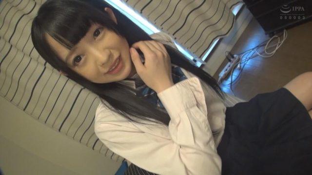 หนังเอวีโป๊ นักเรียนสาวสุดน่ารัก ยอมให้ลุงข้างบ้านหลอกเย็ดหี
