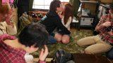 หนังโป๊เซ็กส์หมู่ หนุ่มแว่นชวนแฟนมาให้เพื่อนลงแขกเย็ดร่องจิ๋ม
