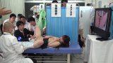 ตรวจร่างกาย หนังเอวีโป๊ญี่ปุ่น หมอตรวจภายในนักเรียนหญิง ด้วยการดมกลิ่นช่องคลอด