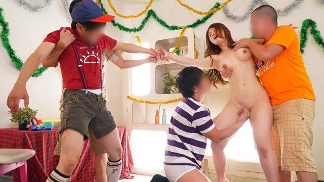 วันเด็ก ปี2020 หนังโป๊ญี่ปุ่น ปาร์ตี้วันเด็ก เย็ดหีแม่เพื่อน