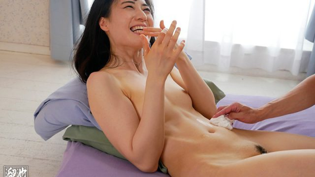 Adult Video Debut Mia Hamabe 33 Years Old