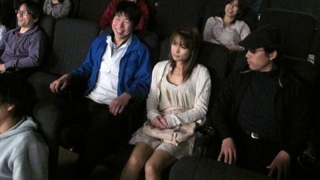 หนังโป๊ญี่ปุ่นเต็มเรื่อง แอบเย็ดในโรงหนัง